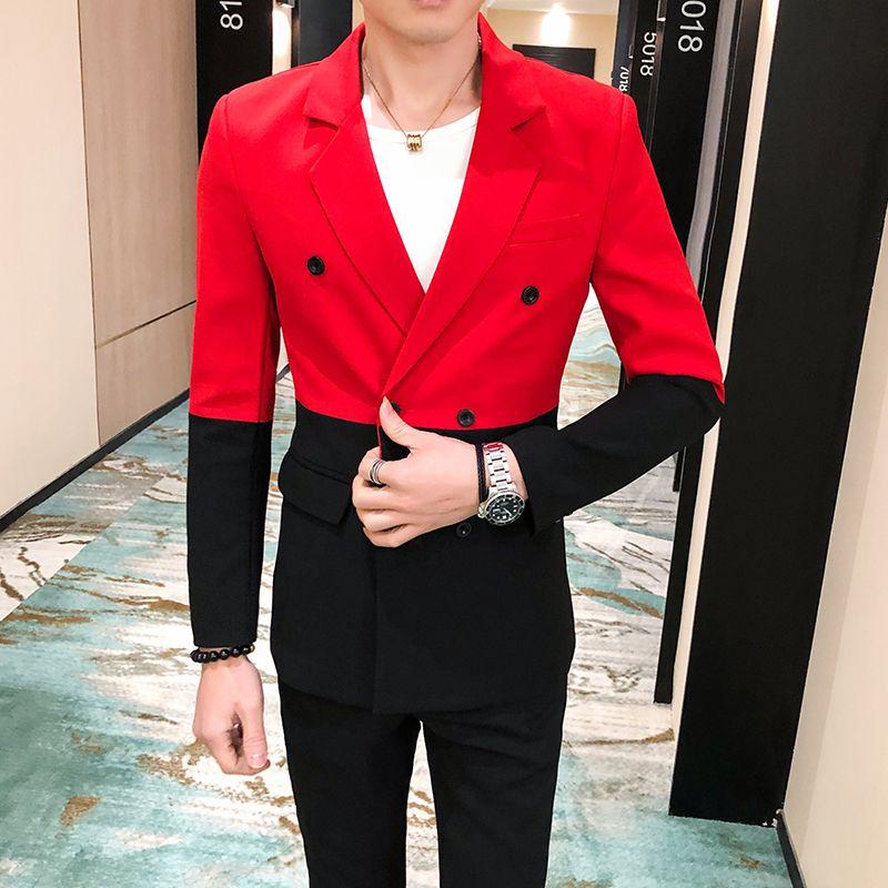 2020 Der Abend Party wird den Nachtclub Bühne Kleid Feder schwarz und rot Patchwork dünner Anzug Mantel der Männer durchführen