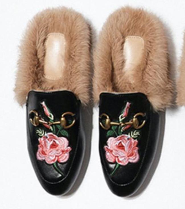 2020 أحذية رخيصة أحذية الجديد الفراء البغل سلسلة معدنية النعال حقيقية المتسكعون أحذية جلدية مع صناديق dustbags
