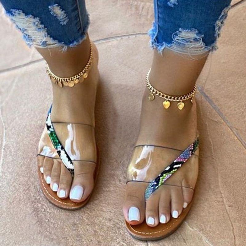 Yaz Kadın Sandalet 2020 Düz Ladies Beach Sandles Tasarımcı Lüks Sandalias Mujer Sandels Açık Yumuşak kaymaz Sandalet Açık burunlu