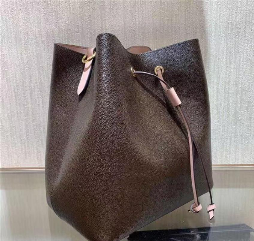 Bolsos del diseñador de moda monederos Garabateando bolsas de las mujeres con el bolso de hombro de la señora de edad portátil bolsa de mensajero de un hombro nueva moda