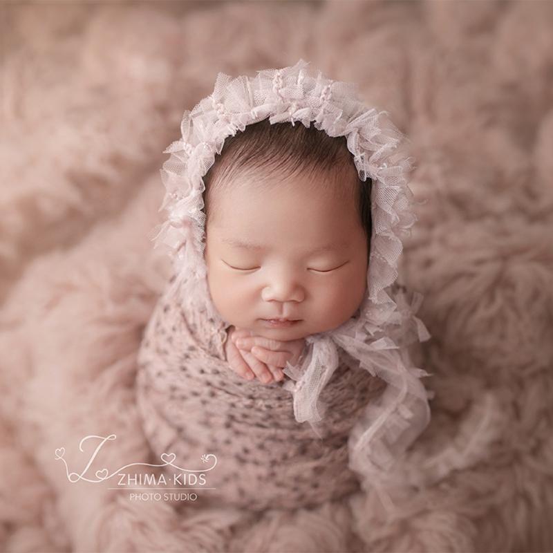 Новорожденные стретча Прекрасный набор из кружева шляпы шапки Детской фотографии Prop снарядить новорожденный Сшить mohiar обертки и капот