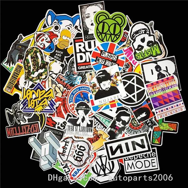 100pcs / Lot gros Musique Rock Band pop Stickers Cartoon Vinly No-double planche à roulettes pour ordinateur portable voiture Luggage portable Autocollants