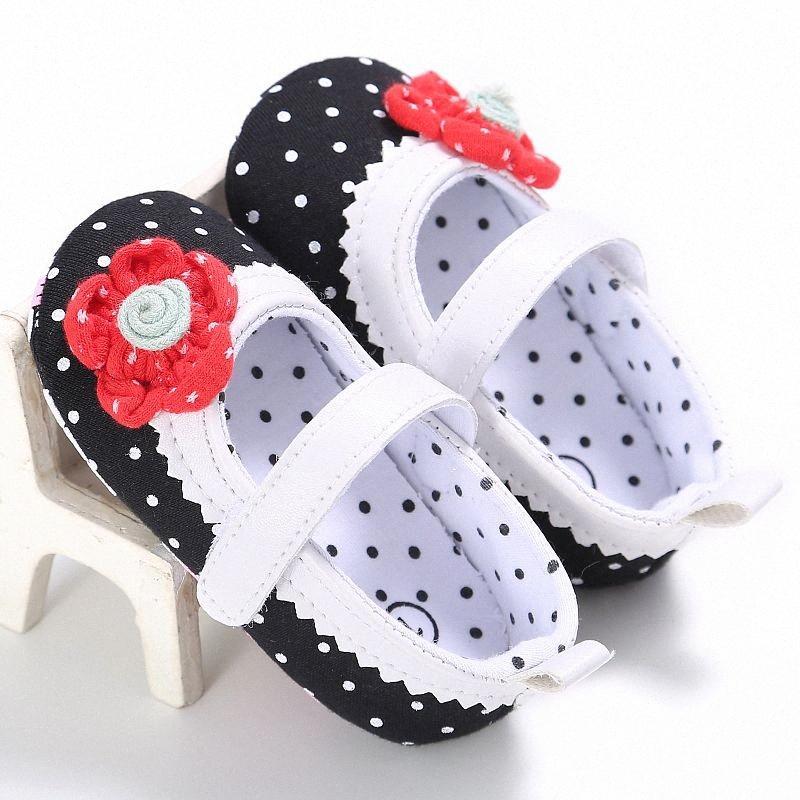 Primavera Verano bebés de la princesa de los zapatos ocasionales zapatos de los niños recién nacida del lunar de la flor de preciosos para 0-18 meses del bebé GJyD #