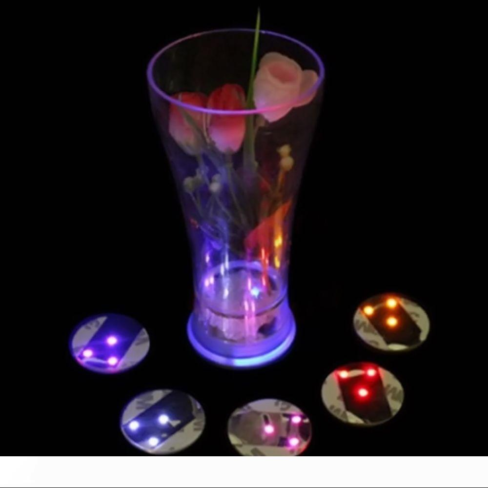 Light Up Led Bouteille clignotant 3M Coupe autocollant Tasse de tapis Coupe du Coaster pour Holiday Party Party Bar Clubs