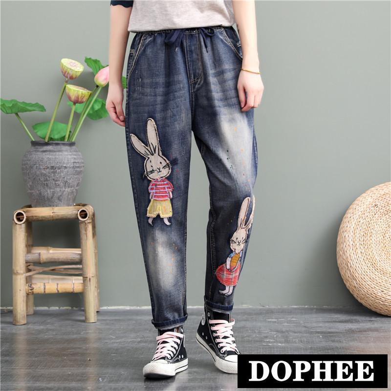 Упругие талии джинсы женские брюки 2020 Новый ретро Омывается царапинам шаблон прямые брюки мультфильм патч повседневные брюки джинсовые