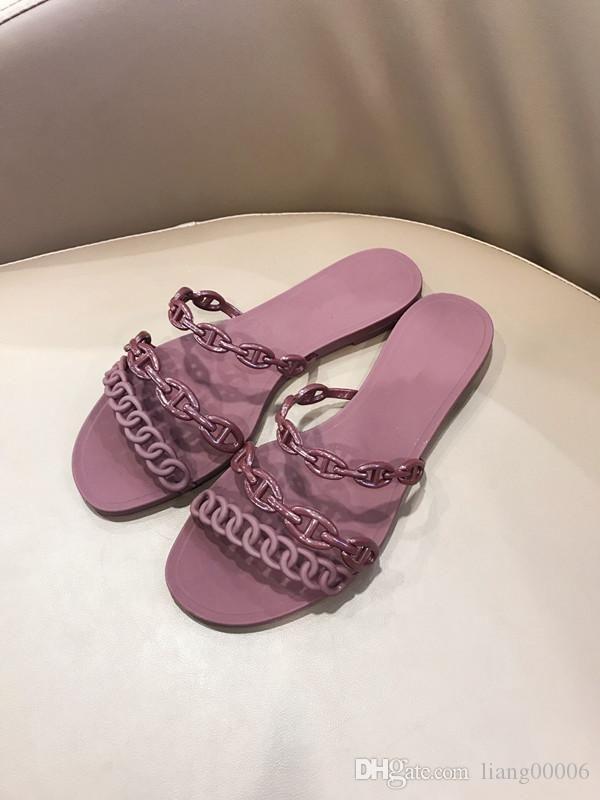 aleta designer de sandálias de couro de luxo 2019 das mulheres sandálias chinelos sapatos de praia da moda de metal cadeia de verão he190413