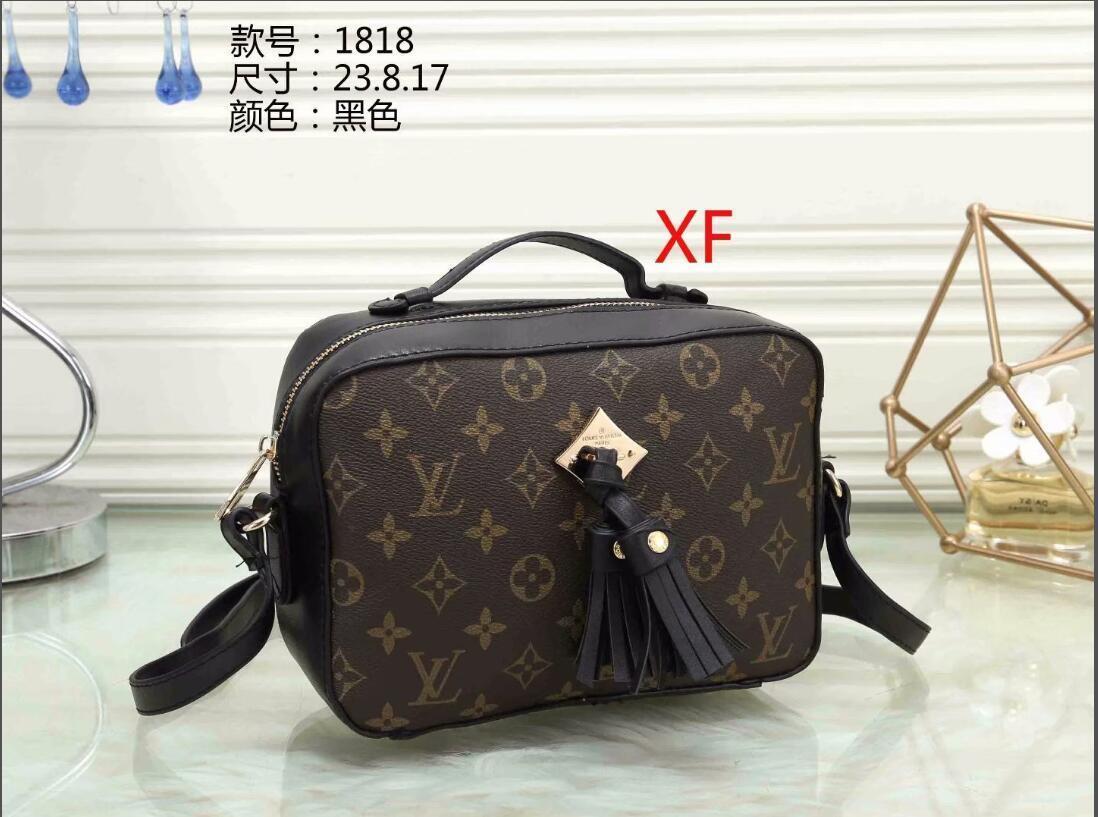 2020 Горячие Продажа Мода женщин сумки на ремне Classic Gold Chain PU Сумка Сердце Стиль женщин сумка сумка Crossbody сумка сумки-S