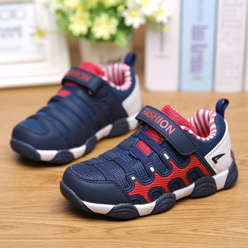 2020 neue Ankunfts-Kinder atmungsaktive Schuhe Jungen Mädchen Sport-beiläufige Schuh-Kinder Qualitäts-Ineinander greifen Kinder Turnschuhe