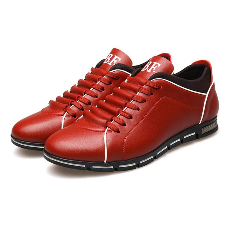 Más el tamaño 38-48 de cuero para hombre Casual Calzado deportivo transpirable zapatillas de deporte de los holgazanes cómodos resbalón en Pisos Moda Zapatos De Hombre