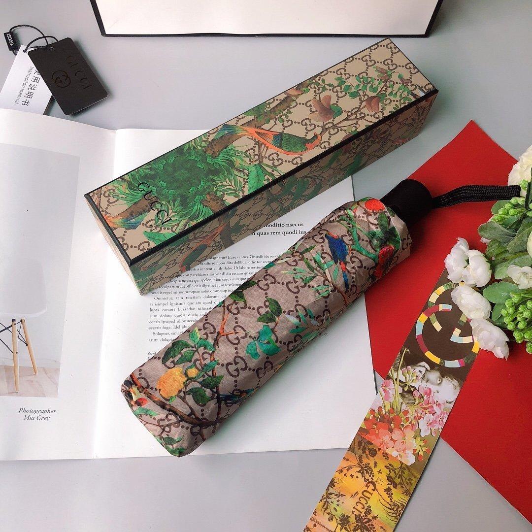 Diseñador de paraguas al por mayor del envío Anti-ultravioleta 2020 Nueva caliente libre de la nueva lista de otoño apuesto clásico magnífico LYLE XW81