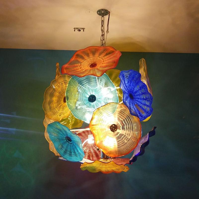 램프 화려한 호텔 로비 예술 샹들리에 조명 현대 플레이트 펜던트 빛 컬러 LED 조명 100 % 입 날 려 무라노 유리 샹들리에