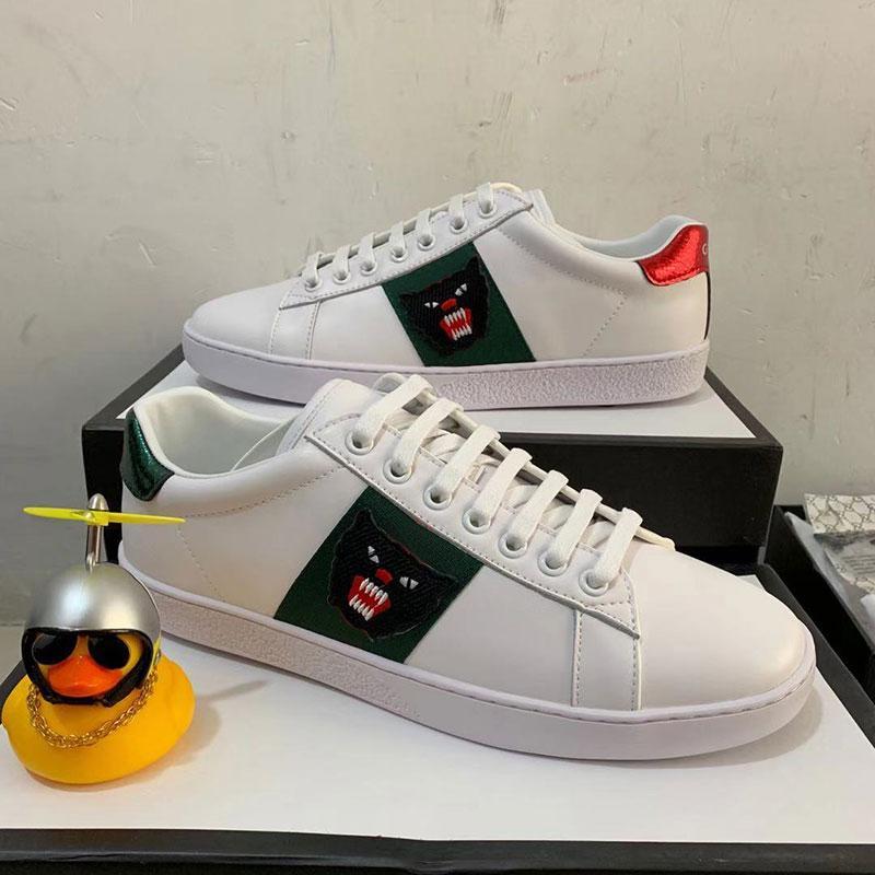 2020 Top-Qualität Streifen Neue Designer-Schuhe Weiß Bienen ACE gestickte Mens-Frauen-echtes Leder-Designer-Sneaker-rote Unterseite Freizeitschuhe
