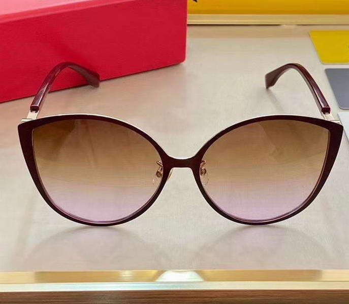 Frauen Gold / Brown de Gradient Brown 0413 / s Katze Eye Frame Gafas Neue Sol Sonnenbrille mit Kasten Shades de Violet Sonnenbrille Ldekl