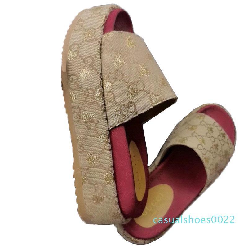 2020 Kadınlar Tasarımcı Platformu Sandal Slaytlar Nakış baskılı yüzey Moda Platformu Terlik 19 Renkler Plaj Sandals4 C22 Ayakkabı