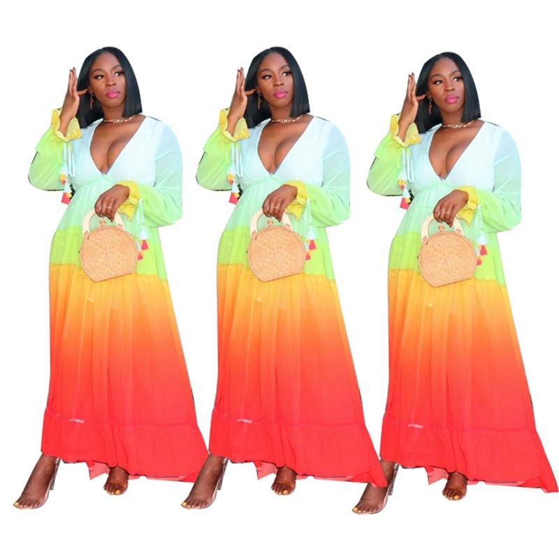 Sexy V-Ausschnitt Damen Kleid Mode Steigung-Farben-Aufflackern-Hülsen-böhmisches Kleid der neue Frauen-Sommer-Kleid
