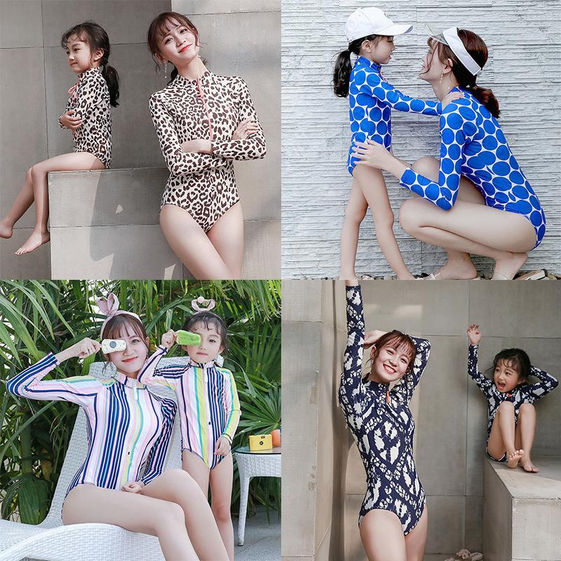 Leopardo mãe filha maiô família olhar mamãe e eu swimwear 2019 família roupas combinando roupas mãe e filha banhos terno y200713