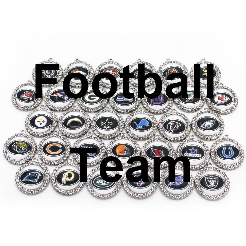 Gros 32PCS Mix 32 Charms Football Sport d'équipe Dangle Charms Hanging bricolage Bracelet Collier Bijoux Charms Accessoires Amérique