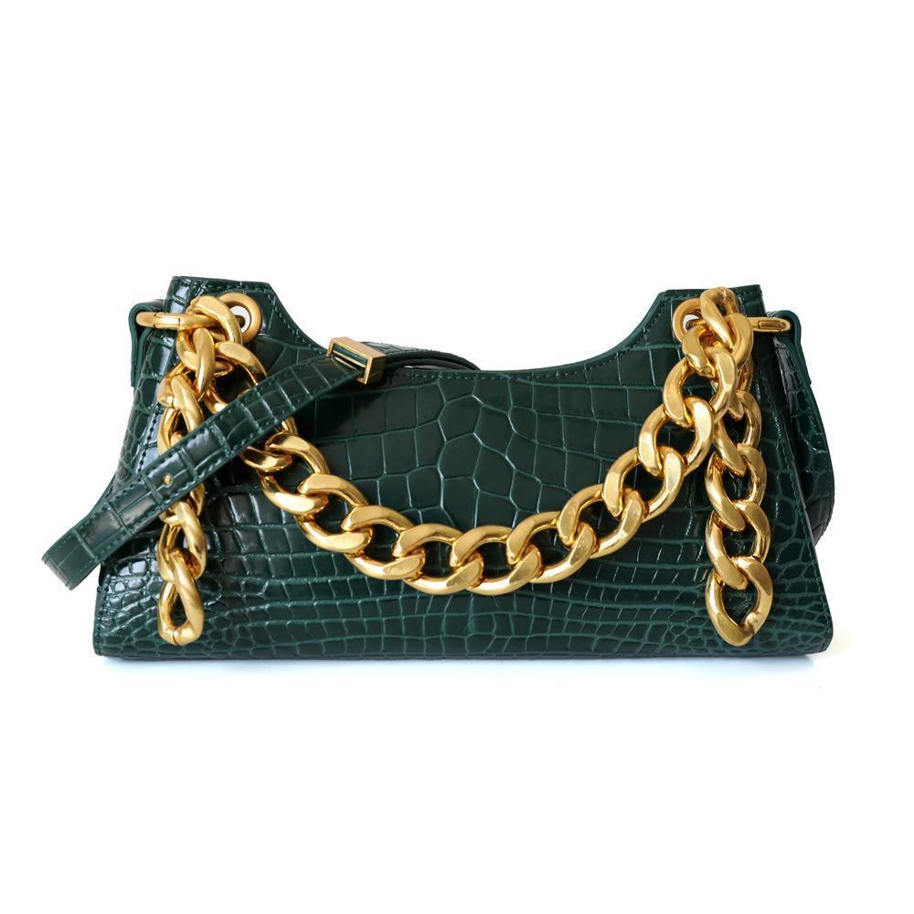 2019 Large Chain with A Single Shoulder Diagonally Carrying A Bag of Cattle Leather