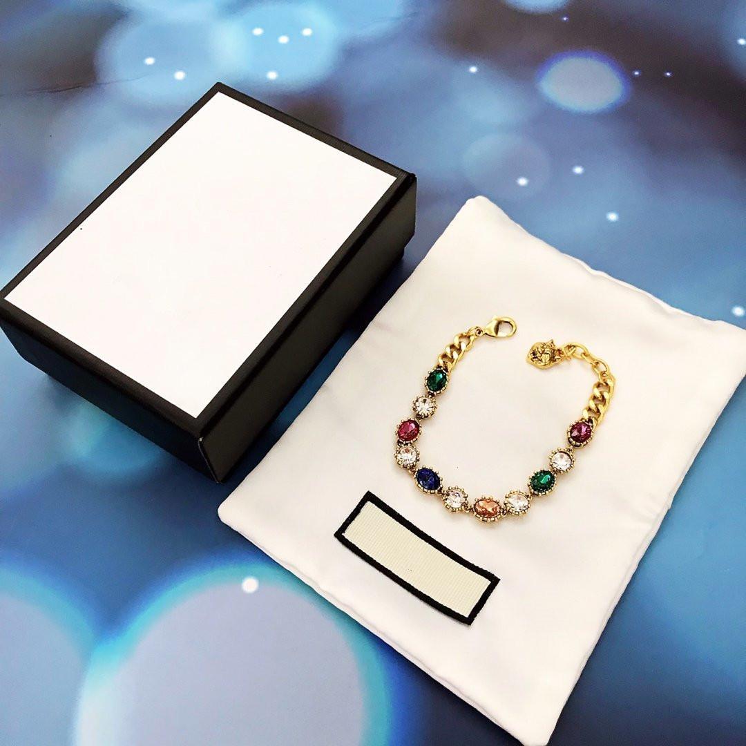 2020g neue Art und Weise durchschnittliche Größe Armband schwere Dekoration schwere Farbe Serie Super gut aussehendes Messingmaterial