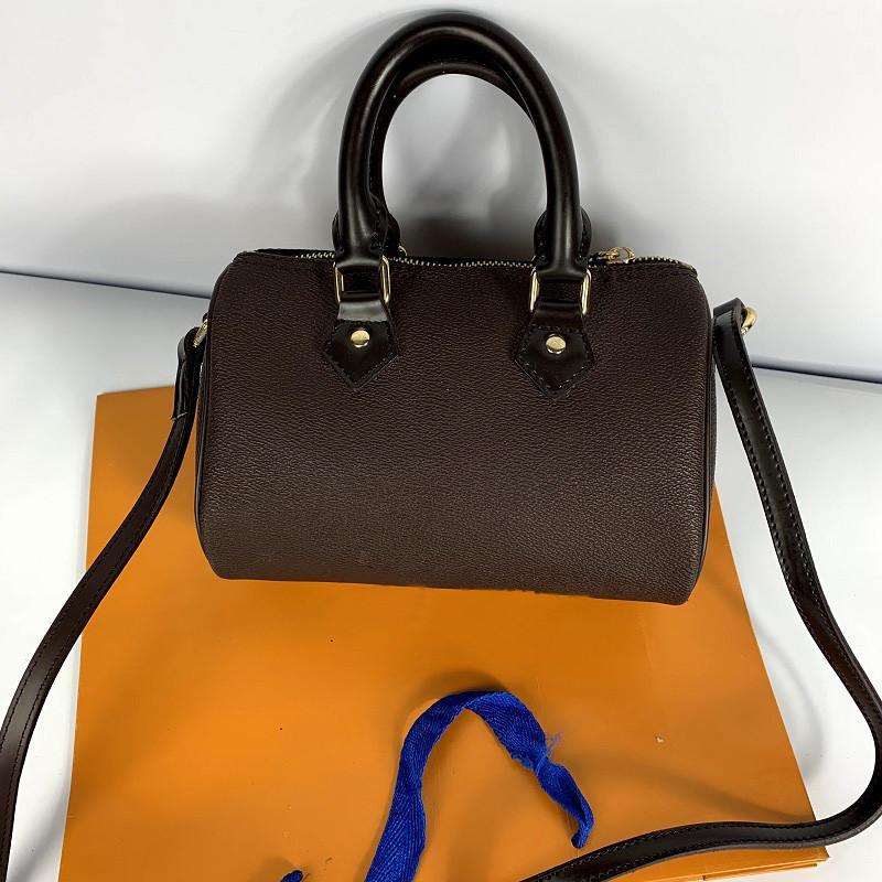 Сумки леди путешествия вещевой сумки тотализаторов сцепления сумка высокого качества из натуральной кожи сумки Новые моды женщин сумки кошельки 30см Crossbody Сумки