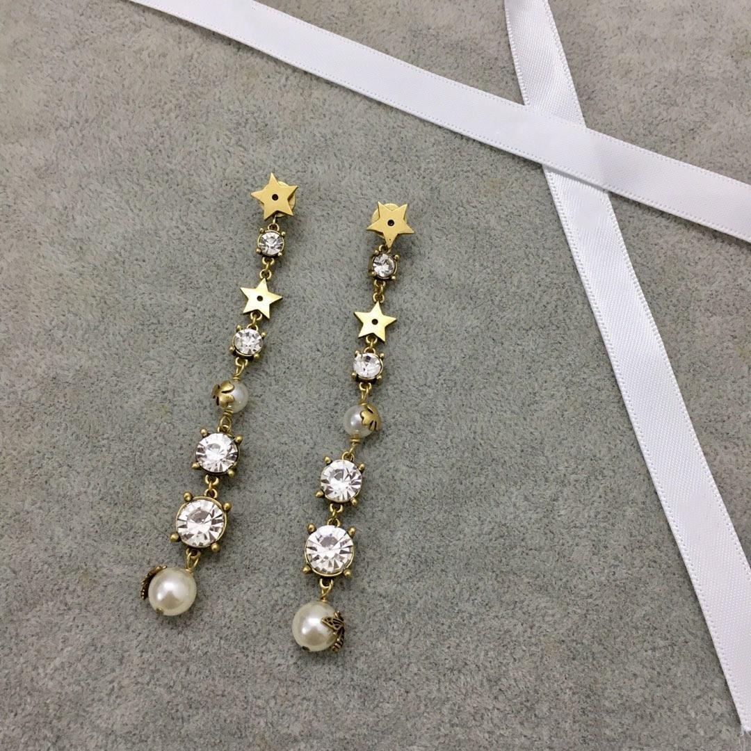 colgante de Europa y América perla pequeña abeja con las mujeres de la joyería de lujo de diseño de diseño de diamantes pendientes pendientes