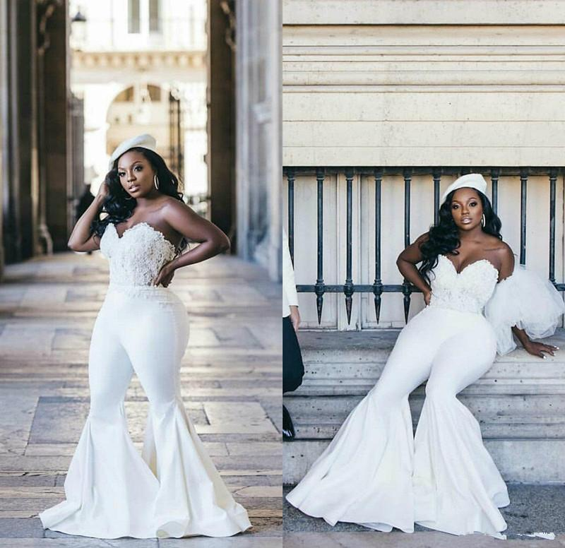 Plus Size afrikanische Hochzeit Jumpsuit 2021 Vestidos De Novia Spitze Fleck-Schatz-Spitze-up Korsett Top Garden Beach Braut Kleid mit Hosenanzug