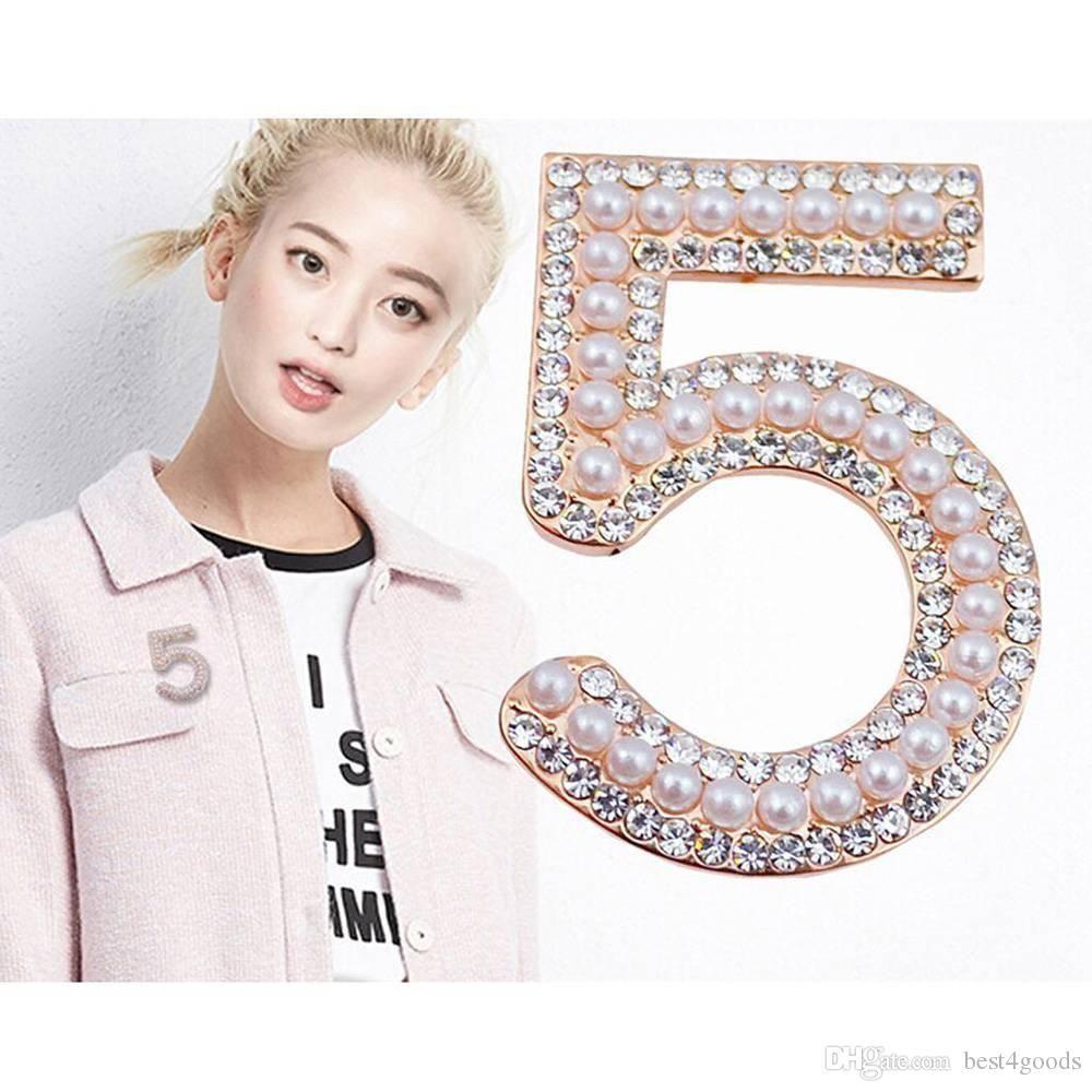 Altın Renk / Gümüş Broş Mektubu 5 Kadınlar Için Tam Kristal Rhinestone Broş Pins Parti Çiçek Numarası Broşlar Takı
