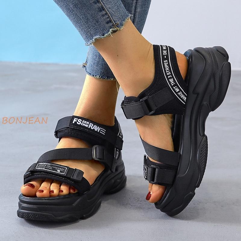 Mulheres Sandals Female Shoes Mulher Wedge Verão malha sandálias confortáveis Senhoras gancho cunhas Mulheres Sandálias de praia