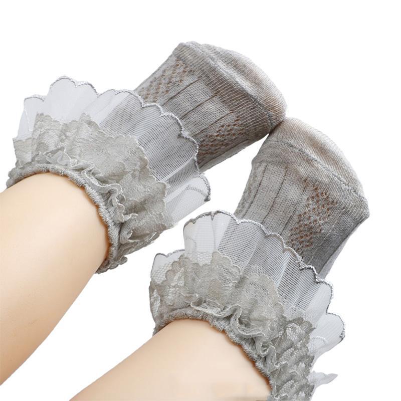 Venta caliente de la princesa del bebé Calcetines volantes de encaje para niños niñas calcetines recién nacido bebé Meia Infantil