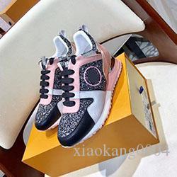 2020 nuove scarpe di cuoio di lusso casuali delle donne le scarpe da tennis di marca uomini scarpe di moda in vera pelle colore misto 35-45 klm904