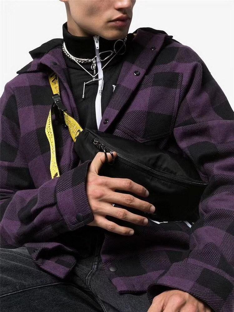 Gli uomini Shoulder Bag Yellow Ribbon Uomini Busto Bag Anti-Theft Sling pacchetto USB Borse tassa portuale Satchel Canvas Sport