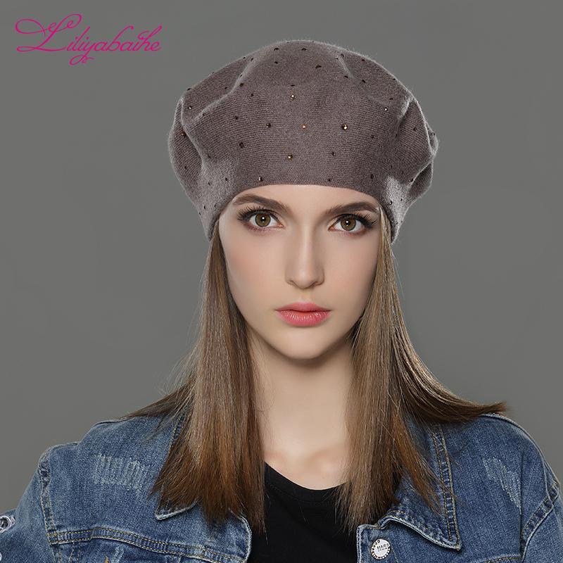 Kadınlar T200718 için LILIYABAIHE yeni stil Kadın Kış Şapka yün Örme Bereliler Cap en popüler dekorasyon Kalın Sıcak Şapkalar