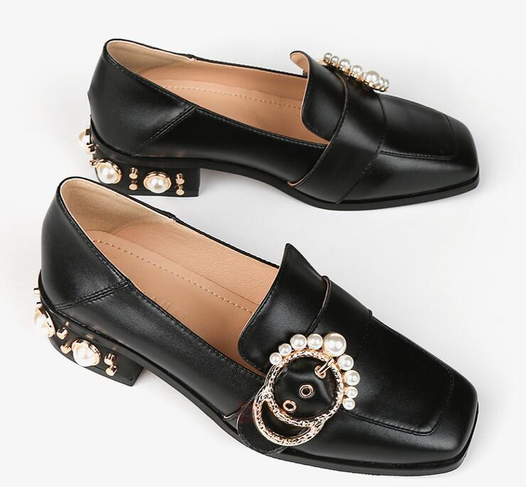 Neueste Art und Weise Leder-Rindleder Frauen Freizeitschuhe Luxuriöse Designer Mokassin-Kleid-Schuhe Schuhe Loafers Schuhe da43