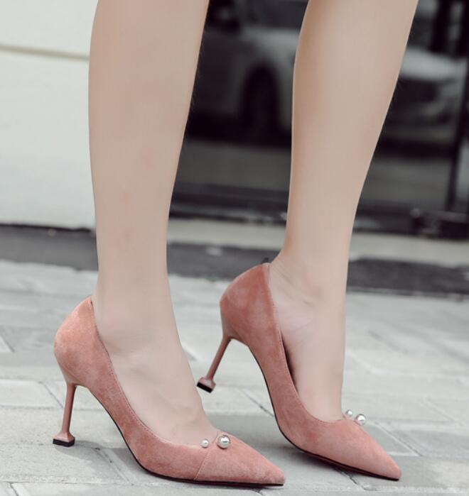 La nueva primavera y el otoño 2019 de la moda versátil zapatos de mujer de gamuza con tacones altos tacones de aguja y de los pies en punta son esenciales para el banquete