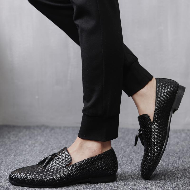 Англия Мужчины Обувь Тканые Кожа PU Мода кисточкой Повседневная обувь Мужчины вождения мокасины Для Zapatos Hombre Большой размер 48