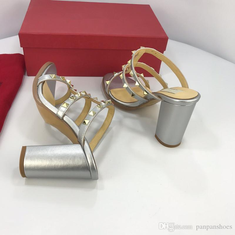 Yeni Katır Princetown Kadınlar Kürk Terlik Mules Flats Gerçek Deri Tasarımcı Moda Metal Zinciri Bayanlar iskarpin yz19012705