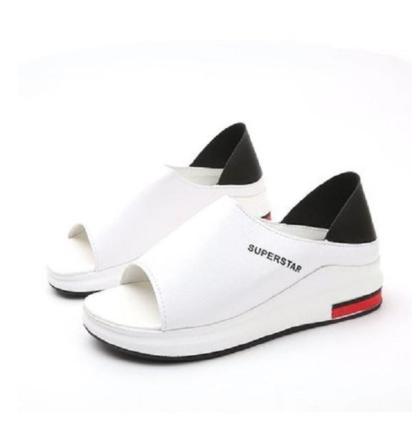 2020 Kadınlar Yaz Casual Düz ile Sandal Sığ Karışık Renkler Slip-On PU Kaymaz Platformu Plaj Sandalet Kadın Ayakkabı Plus Size