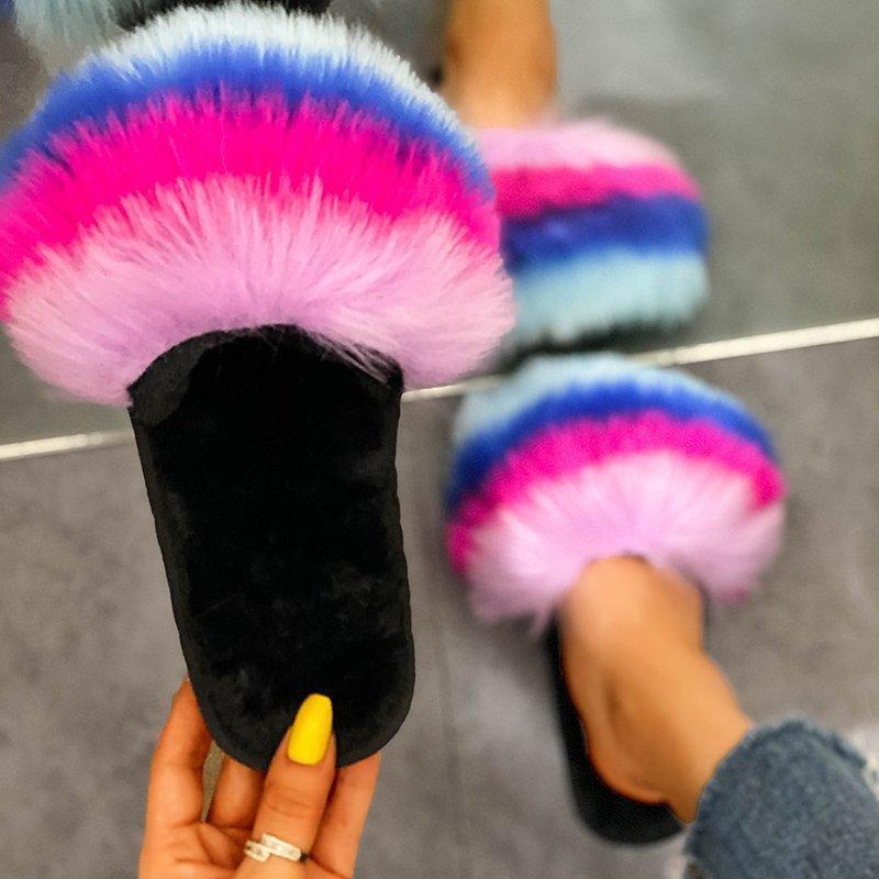 Les femmes Furry Chaussons en fausse fourrure Comfor Célébrités Diapositives Mode peluche Fluffy Sandales mode luxe Chaussures dames All Season Hot