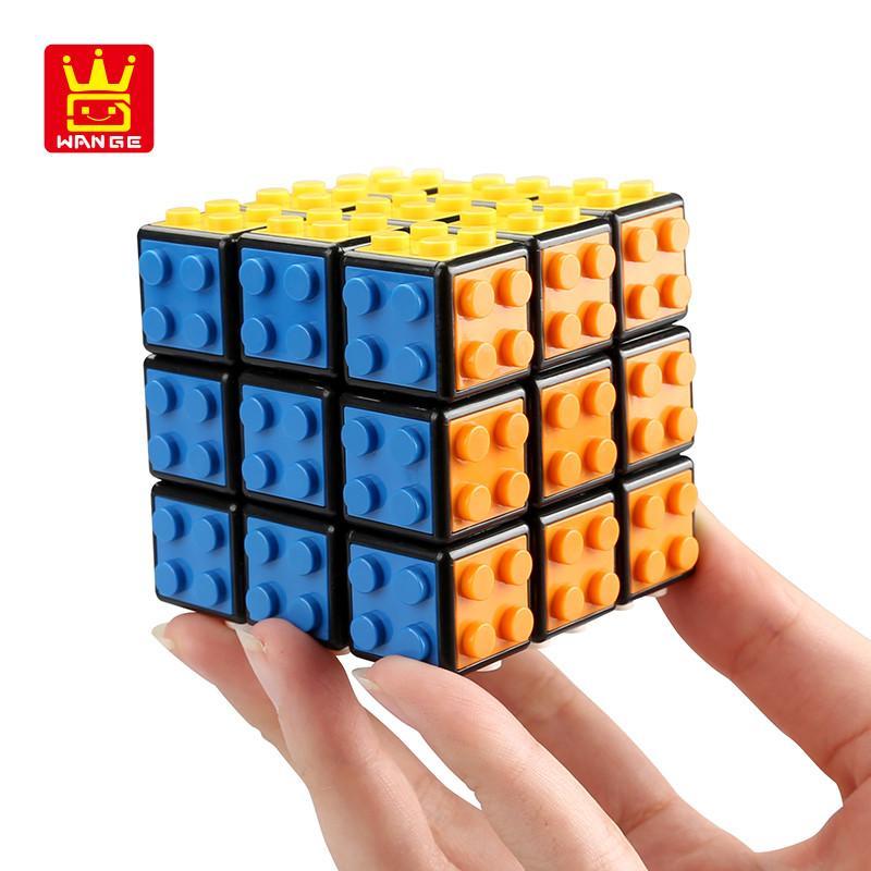 Pequeñas partículas de bloques de construcción Tres - Ordenar los juguetes de rompecabezas de Rubik CUBE pueden ajustarse no se desvanecen