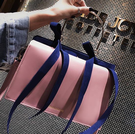 Designer 2020 Trois dimensions trapézoïdal Généreux Sac double bowknot une épaule diagonale Sac Femme Portable