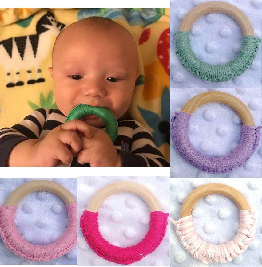 24 الألوان 70MM اليدوية الطبيعية خشبي الرضع الكروشيه اطفال اطفال عضاضة التسنين الدائري لعبة هدية الرضع الخشب حلقة حلقات التسنين M2367
