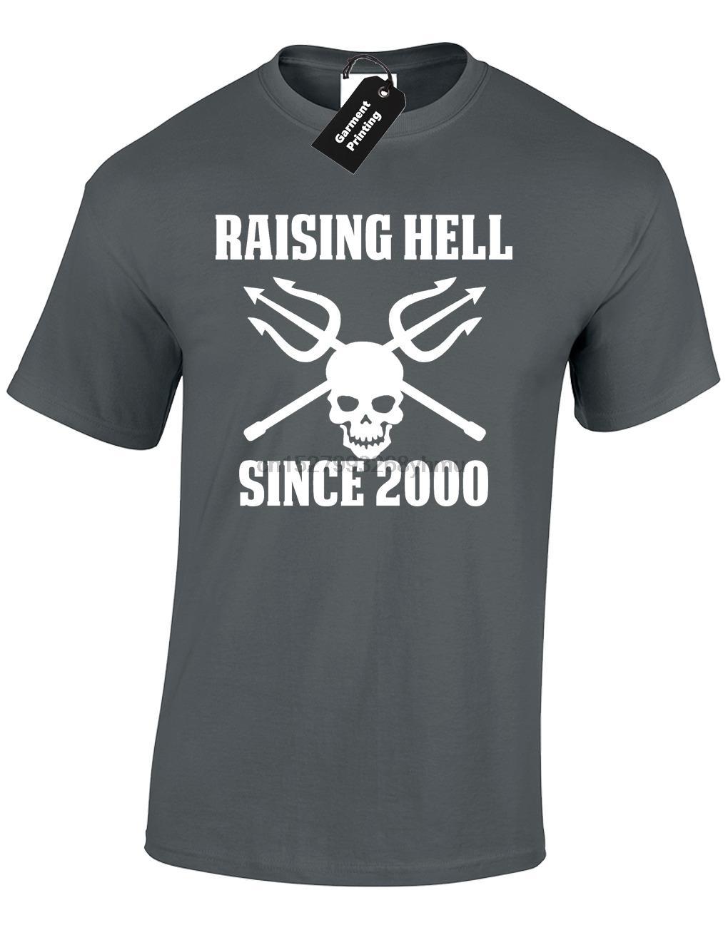 Raising Hell Desde 2000 Mens T Presente shirt 18o aniversário presente Crânio T engraçado