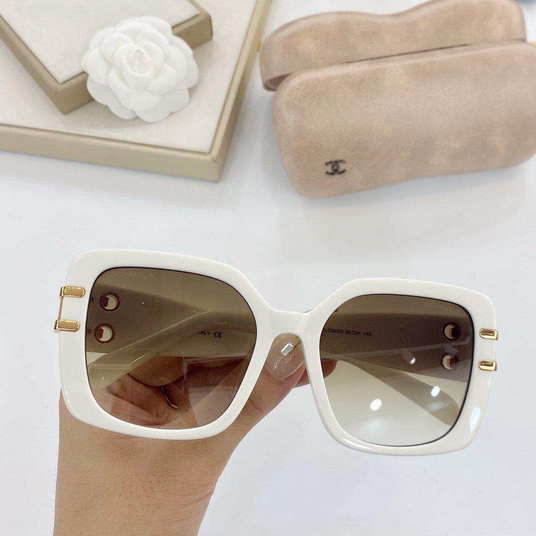 2020 موضة جديدة مثير نوع فراشة النظارات ذات جودة عالية الكلاسيكية إطار 6 أنواع من لون العدسة وهناك مجموعة كاملة من التعبئة والتغليف 4389