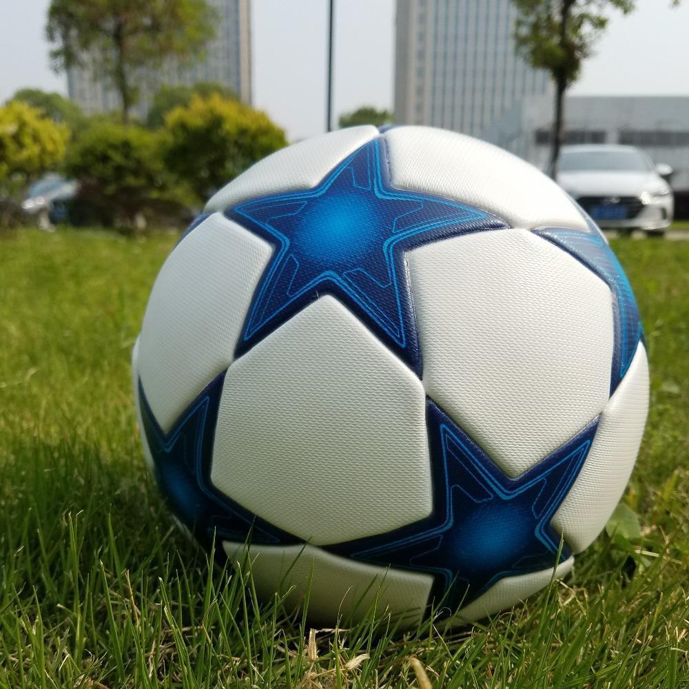 Высокая Лига чемпионов качества Официальный Футбольный мяч Материал PU Профессиональный конкурс Поезд Durable Футбольный мяч Размер 5