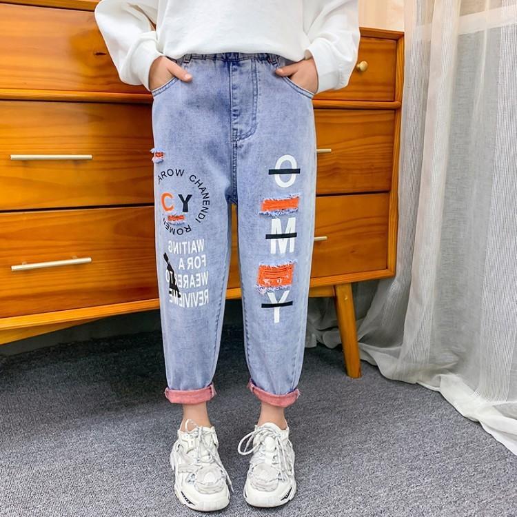 Ragazze primavera 2020 Nuovi mendicante primavera autunno occidentale del foro allentato stile dei bambini lunghi pantaloni jeans e jeanstrousers e jeans