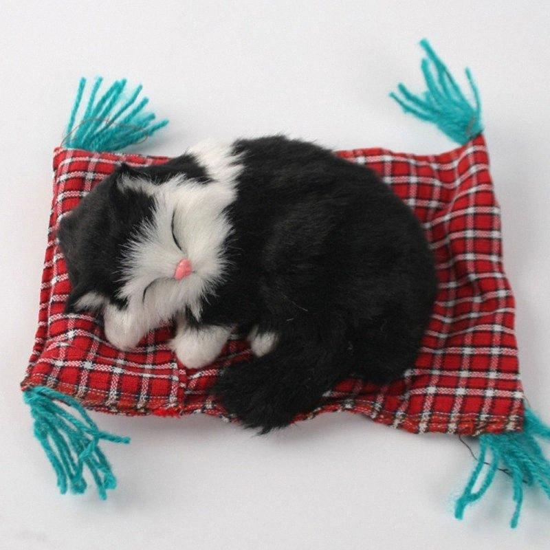 Yeni Araba Süsler Sevimli Simülasyon Uyuyan Kediler Pano Dekorasyon Güzel Peluş Kedi Bebek GTBi #