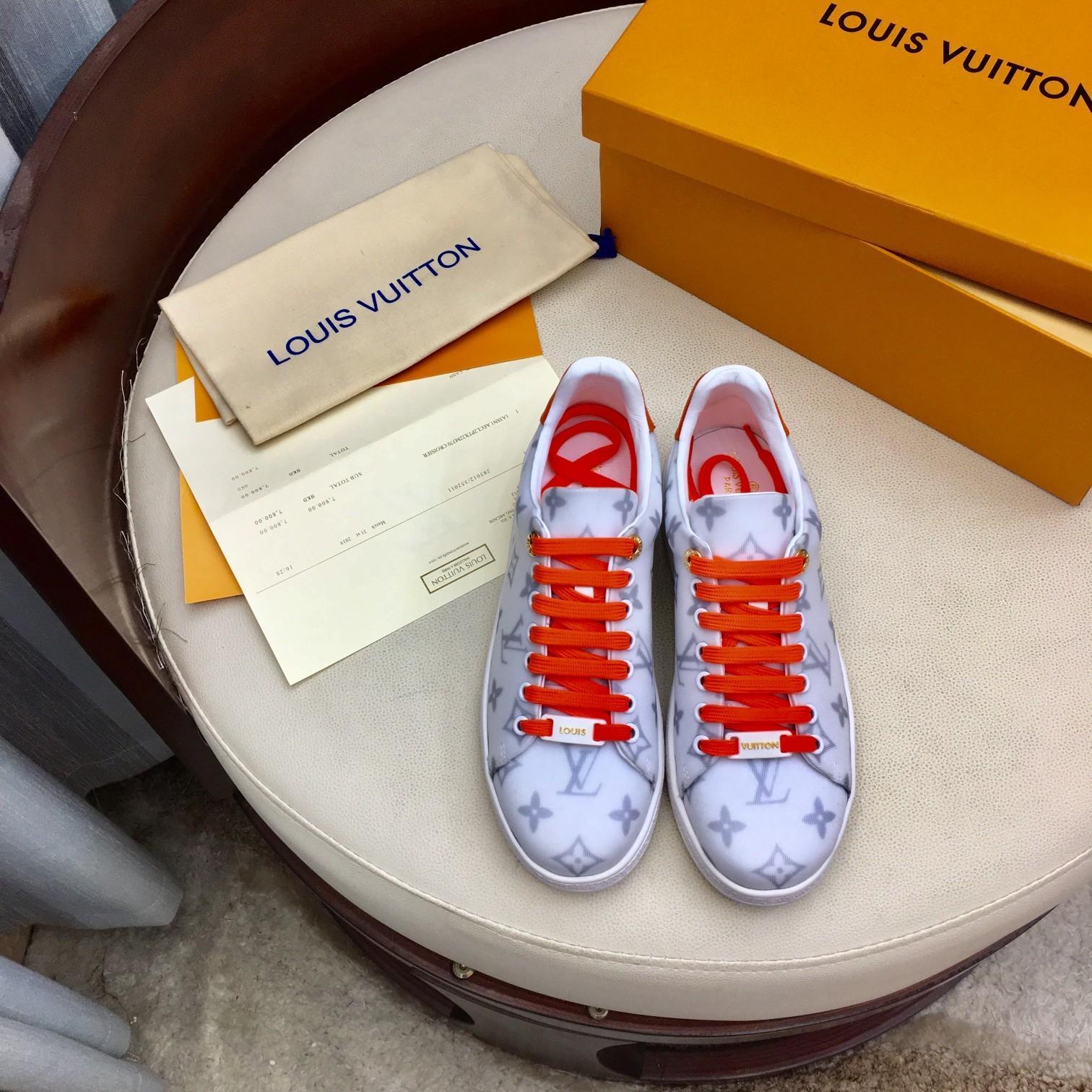 chaussures en cuir des femmes 2020SS chaussures de sport casual Liquidations plates classiques FRONTROW SNEAKER chaussures de mode design avec la boîte originale 35-4