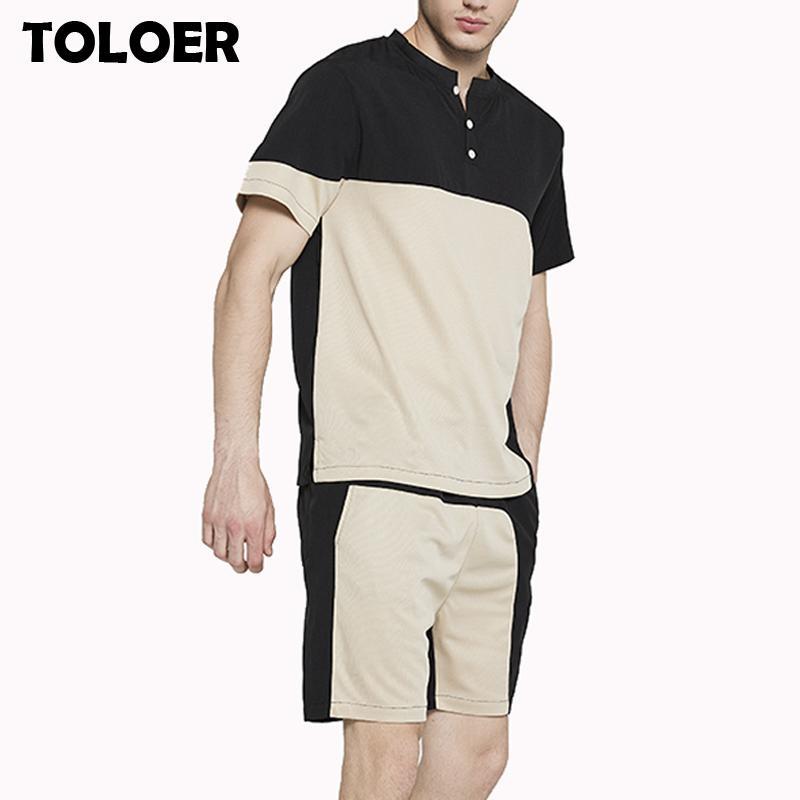 Shirt T Imposta estate vestito di sport degli uomini di + Shorts Two collega gli insiemi casuali Tuta O-Collo Patchwork Sportswear Sweatsuit Tuta Uomini T200709