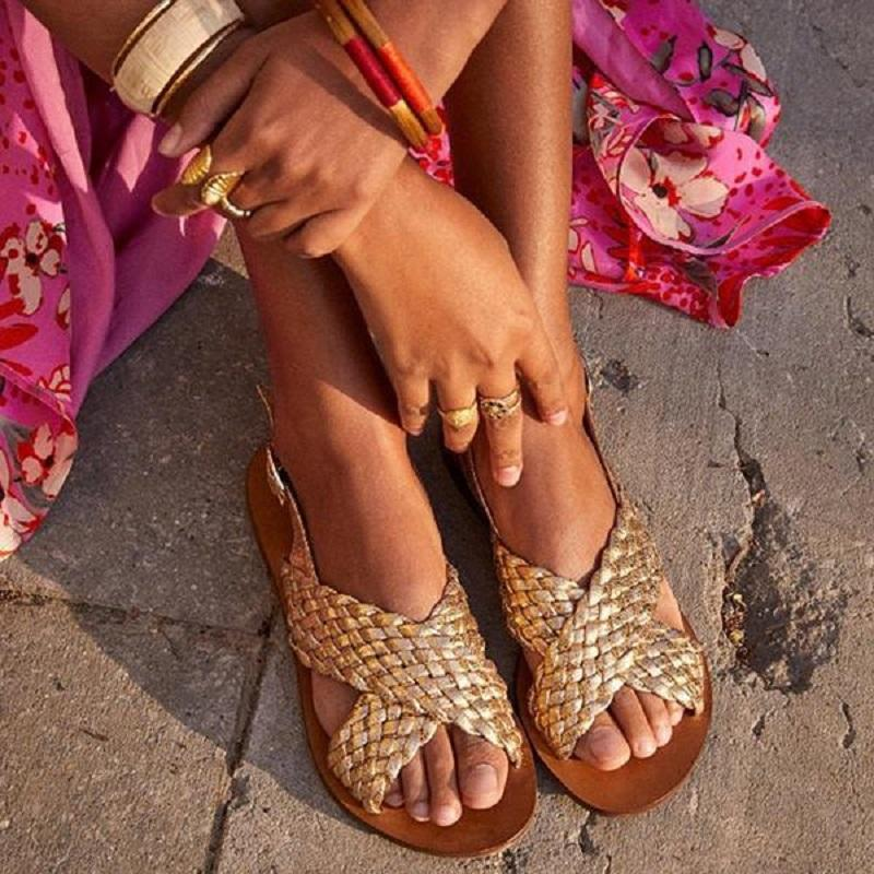 Mujer sandalias de verano punta abierta romana zapatos de los planos de la hebilla de correa cruzada con tiras gladiador sandalias de playa de gran tamaño Sandalias Mujer