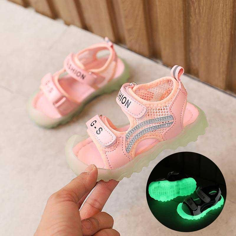 Girls' and Luminous 2020 New luminous children's sandals 1-2-3-6 years old 5 baby soft toddler sandals male